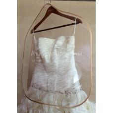Пластиковый разделитель одежды размер 73*62 см.